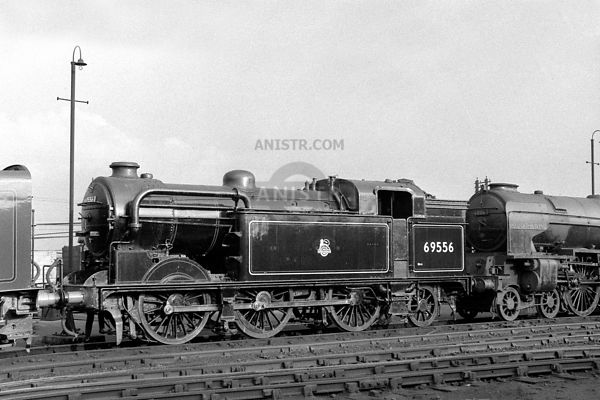 PHOTOS OF EX-LNER N2 CLASS 0-6-2T STEAM LOCOS
