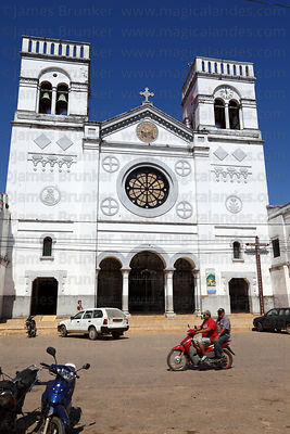 Cathedral and Plaza Ballivián , Trinidad , Beni , Bolivia