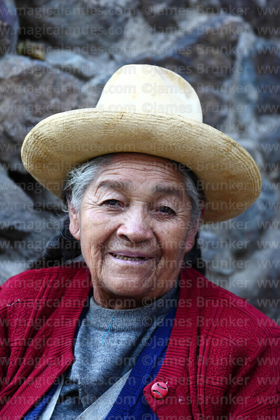 Portrait of old Quechua lady in Ollantaytambo, Sacred Valley, Peru