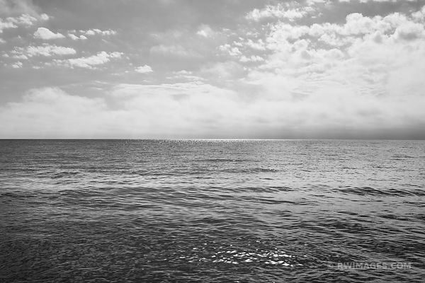 LAKE MICHIGAN WASHINGTON ISLAND DOOR COUNTY WISCONSIN BLACK AND WHITE
