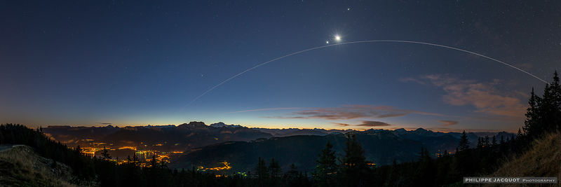 ISS under Venus and the Moon - Annecy