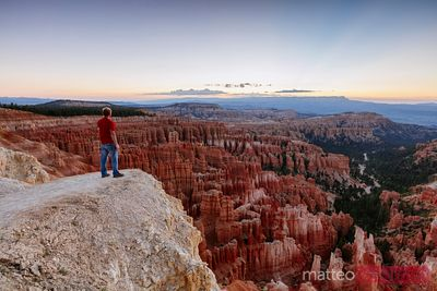 Man on the edge, Bryce Canyon, Utah, USA