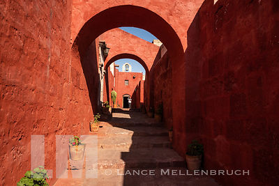 Arches over street in Monasterio de Santa Catalina.