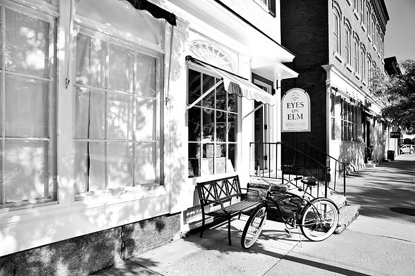 WOODSTOCK VERMONT BLACK AND WHITE