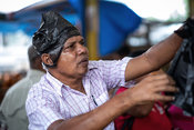 Street-Photography-Market-Colombo-Sri-Lanka-Copyright-Rob-Johns_20141129_DSF2552