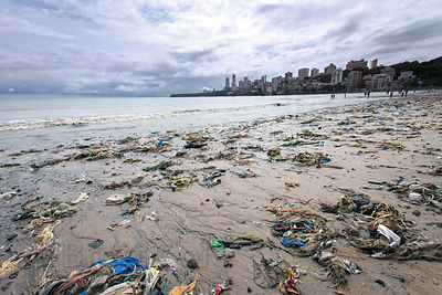 Plastic garbage on Chowpatty Beach, Mumbai, India.