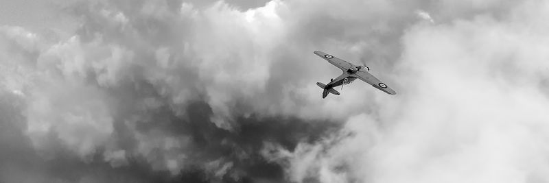 Hawker Hurricane sunset roll wide black and white version