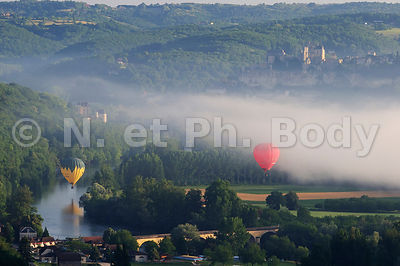 VALLEE DE LA DRODOGNE, PERIGORD, FRANCE//VALLEY OF DORDOGNE RIVER, DORDOGNE, FRANCE