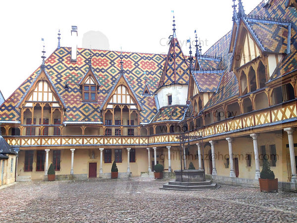 Hospices_de_Beaune_Bourgogne_France_5