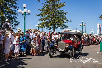 Art Deco Saturday 2012 - Vintage Car Parade.  License Plate = MRST26