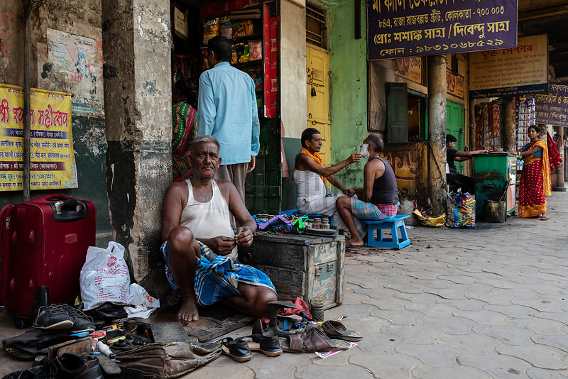 Small Businesses along the Pavement on Calcutta