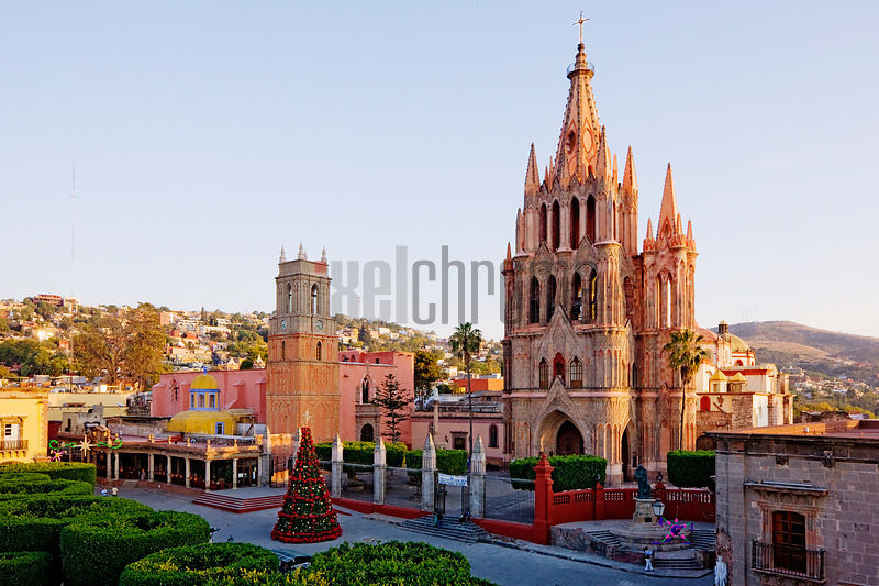 Mexico, Guanajuato, San Miguel de Allende, The Parroquia and Jardin at Christmas Time