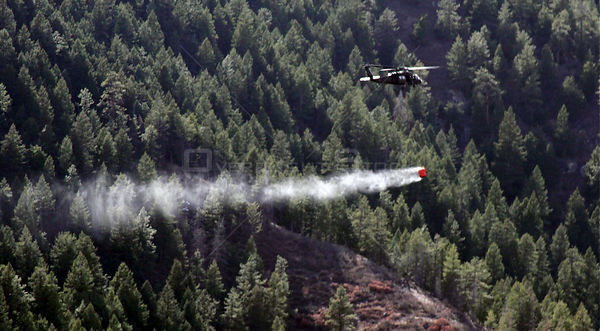 USA-Colorado-Wildfires-Chopper