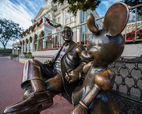Roy Disney and Minnie Mouse Sculpture | Color Print