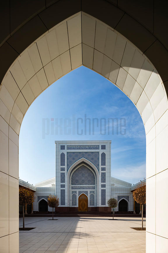 Entrance to Minar (White Mosque)