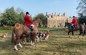 Huntsman John Holliday is greeted by the host Victoria Westropp at the meet at Goadby Marwood Hall