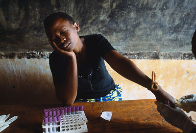 Rwanda - Kibileze - A woman is tested for HIV
