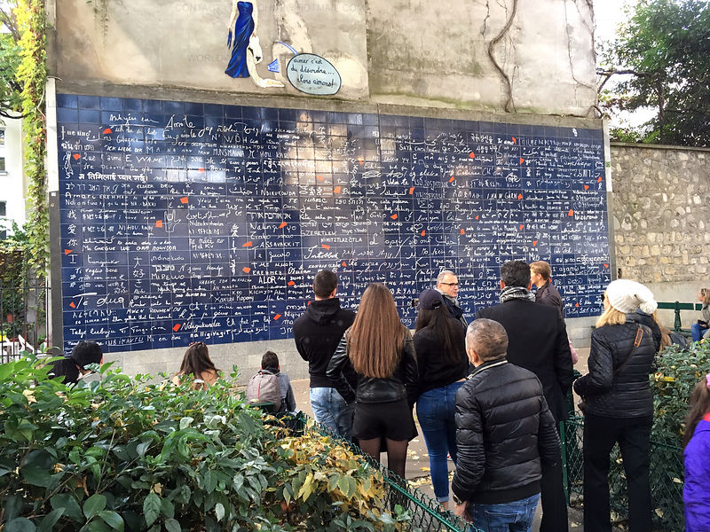 Wall-of-Love-Montmartre-Paris-01