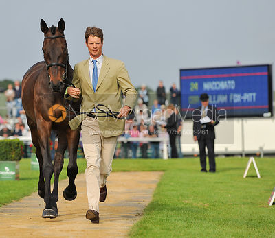 William Fox-Pitt and Macchiato - 2nd Inspection - Burghley 2010