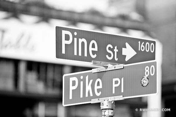 PIKE PLACE SEATTLE BLACK AND WHITE