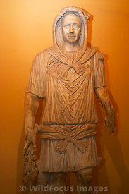 Roman statue of a Hunter, Bardo Museum, Tunisia, Vertical