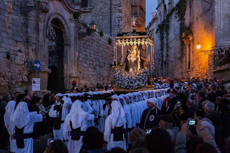 The Addolorata being Carried Down the Via Roma towards the Cemetery