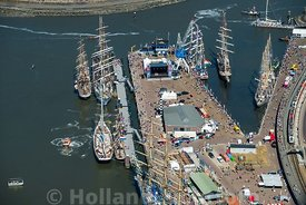 Harlingen - Luchtfoto Tall Ships Races 16