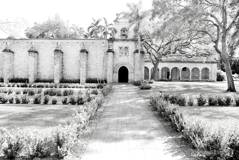 SAINT BERNARD DE CLAIRVAUX CHURCH OLD SPANISH MONASTERY NORTH MIAMI BEACH FLORIDA BLACK AND WHITE