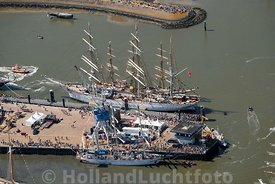 Harlingen - Luchtfoto Tall Ships Races 13