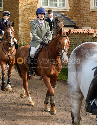 Lizzie Westropp-Law arriving at the meet. The Belvoir Hunt at Springfield Farm 23/2