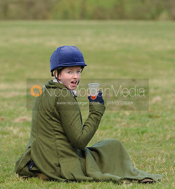 Kate Middleton relaxes after an exhausting race - Dianas of the Chase - Side Saddle Race 2014.