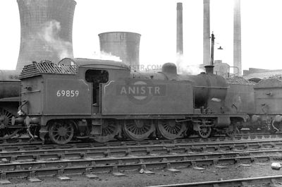PHOTOS OF EX-LNER A8 CLASS 4-6-2T STEAM LOCOS