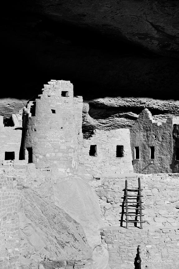 CLIFF PALACE DWELLINGS MESA VERDE NATIONAL PARK COLORADO VERTICAL BLACK AND WHITE VERTICAL