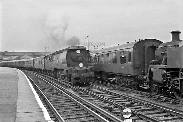 Steam loco BB 34064 Clapham Junction