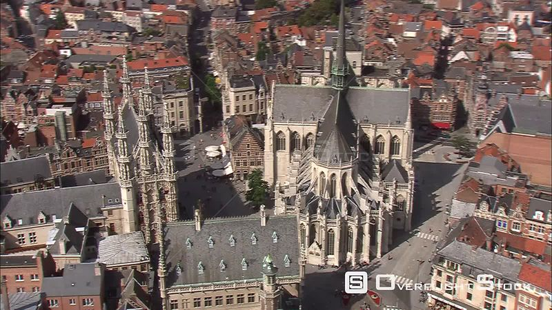 Orbiting Town Hall and Saint Peter's Church in Luvain (Leuven), Belgium