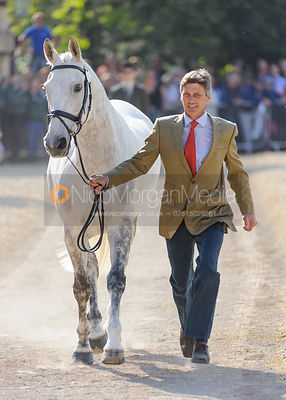 Andrew Nicholson and AVEBURY - Mitsubishi Motors Badminton Horse Trials 2013