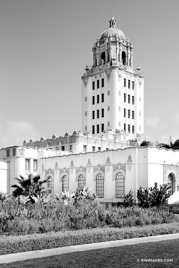 BEVERLY HILLS CITY HALL BEVERLY HILLS CALIFORNIA BLACK AND WHITE VERTICAL