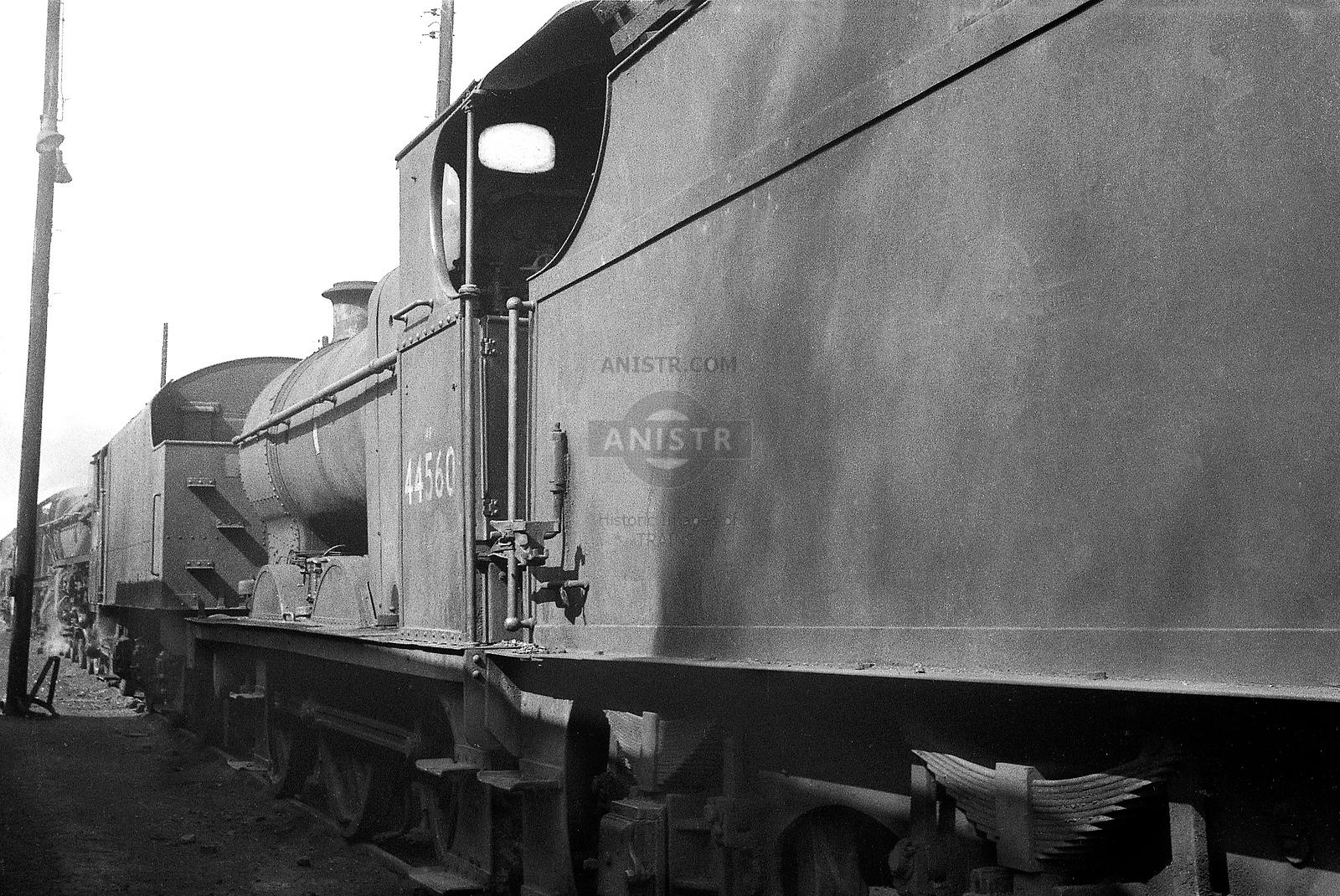 Steam loco Fowler 4F 44560 Banbury