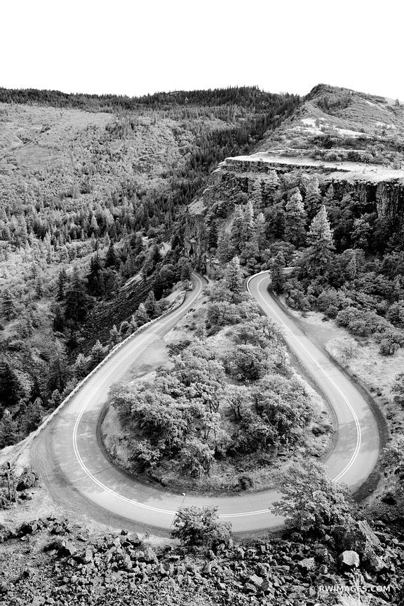 ROWENA CREST SWITCHBACKS HISTORIC COLUMBIA RIVER GORGE HIGHWAY ROUTE 30 OREGON BLACK AND WHITE