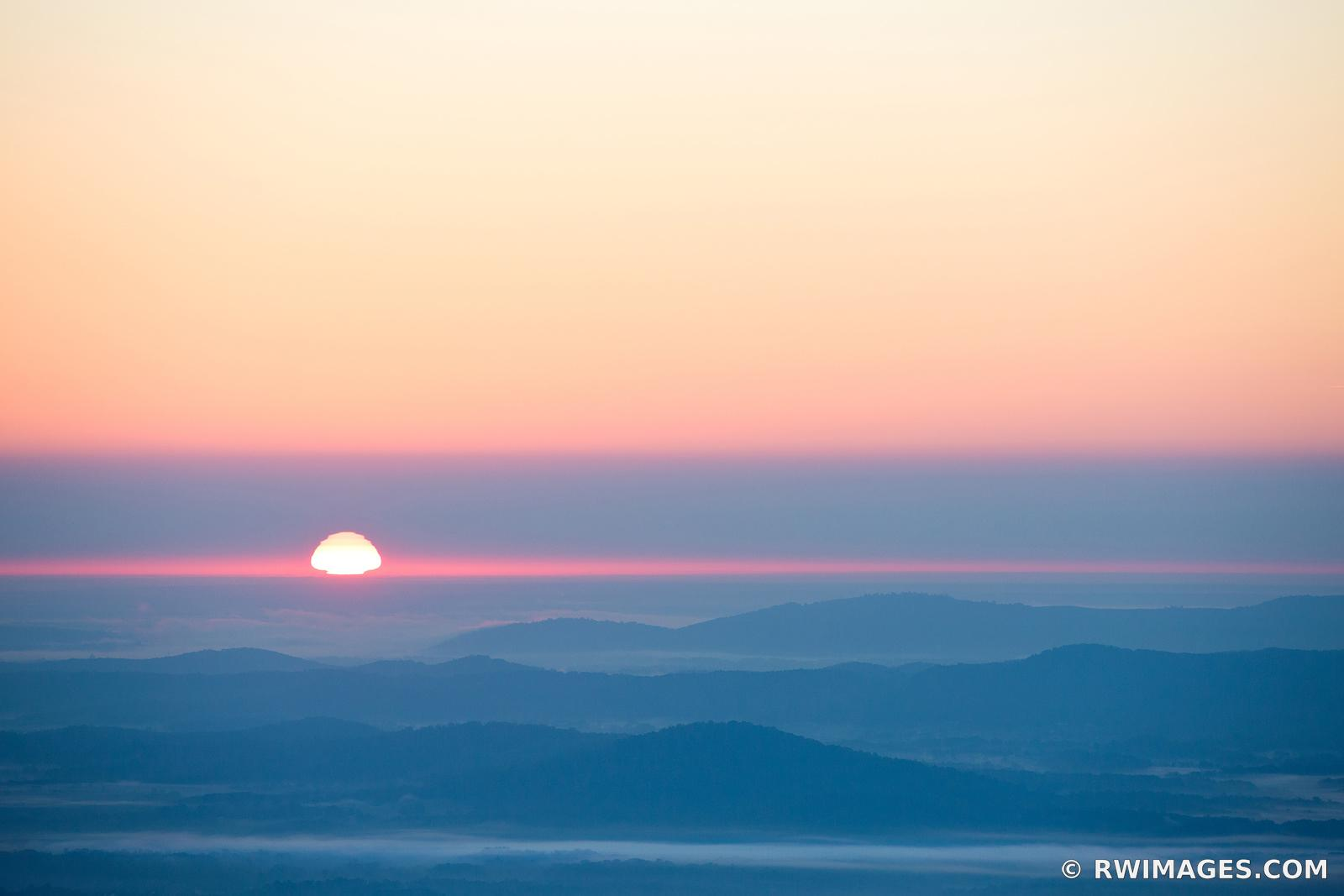 BLUE RIDGE MOUNTAINS SUNRISE SHENANDOAH NATIONAL PARK VIRGINIA COLOR