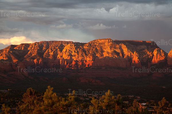 Sunset over redrocks mountains in Sedona, Arizona