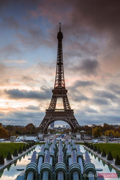 Eiffel tower at sunrise from Trocadero gardens, Paris, France
