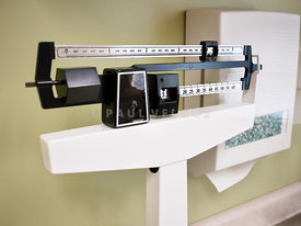 Physician Sliding Weight Balance Beam Scale