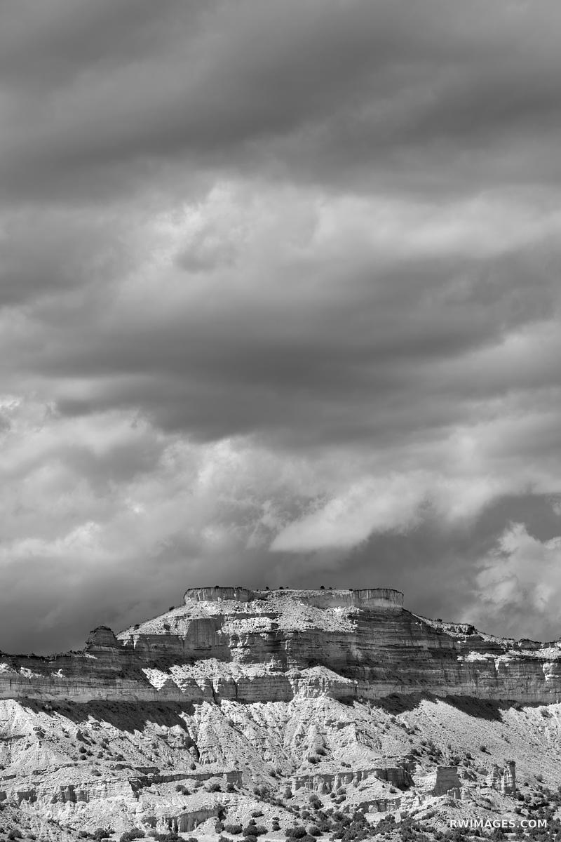 MESA NORTHERN NEW MEXICO DESERT MOUNTAIN LANDSCAPE BLACK AND WHITE VERTICAL
