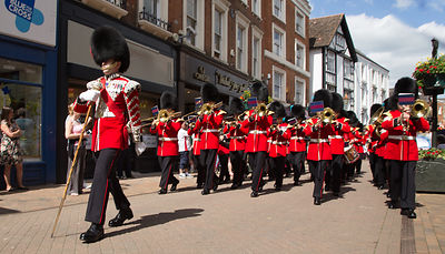 The Band of the Irish Guards March through Banbury High Street