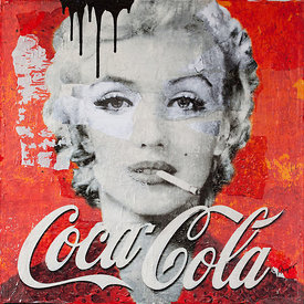 Marilyn Smokes Coca Cola
