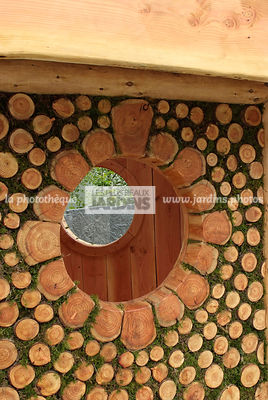 Garden construction, Garden shed, Moss, Wood, Digital